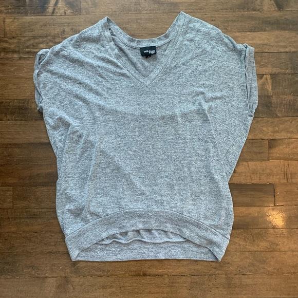 Oversized aritzia knitted v neck shirt